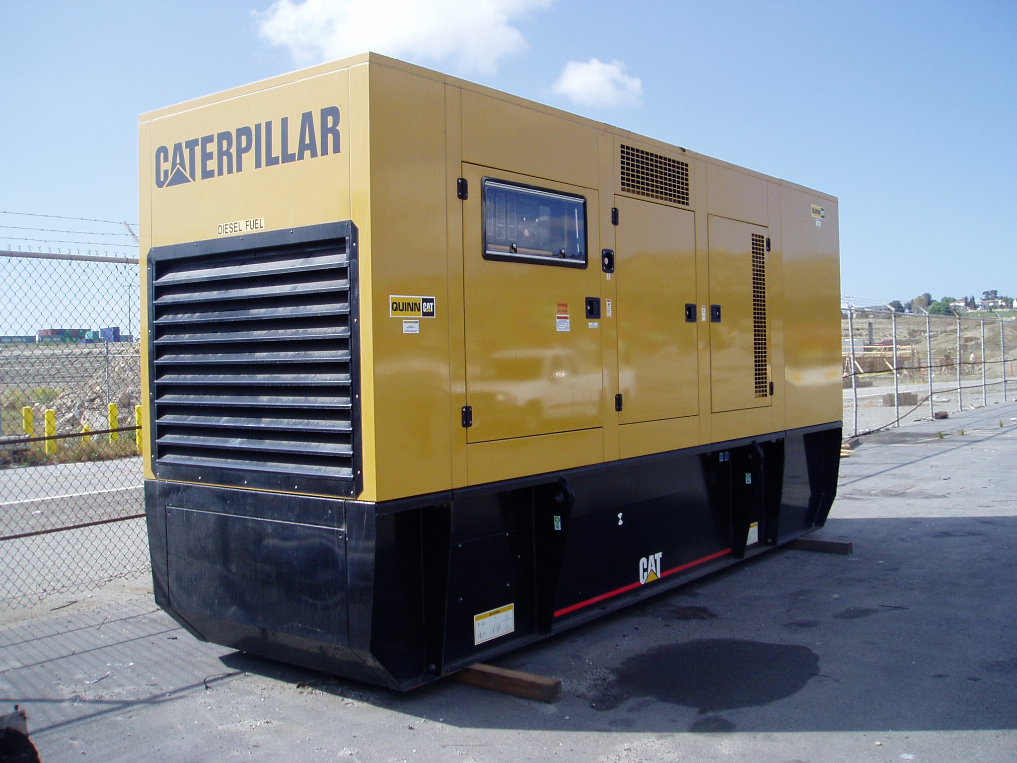 2003 Caterpillar 3456 (Enclosure W/ base tank) Enclosure